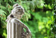 Verhalten auf dem Friedhof - Was darf man und was nicht?