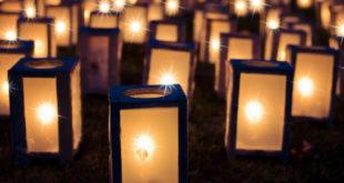 Trauer bei Kerzenschein