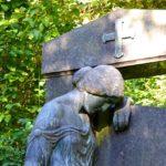 Trauerbewältigung: Wenn ein Mensch, den Sie lieben stirbt